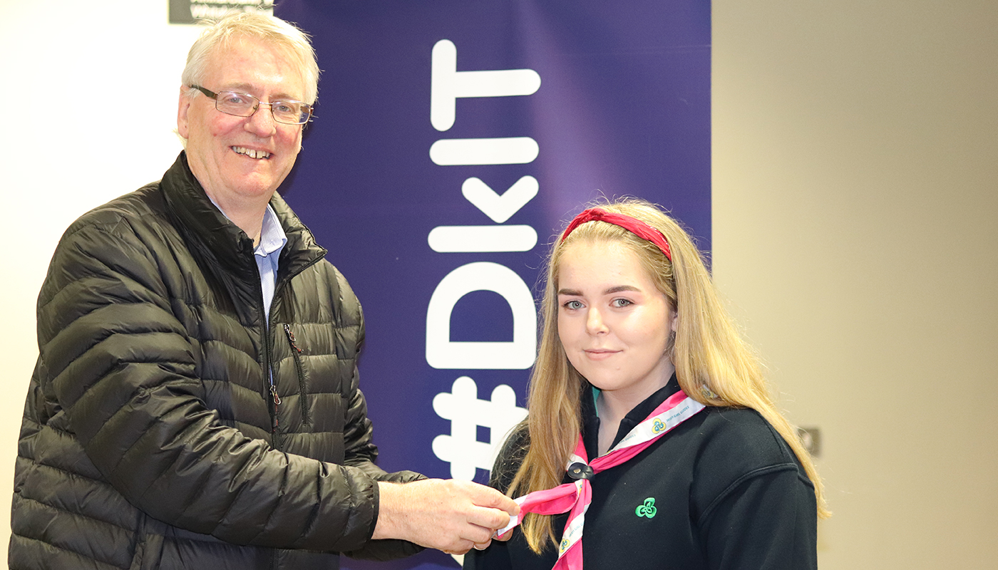 Dr Tom Dooley, Head of School of Engineering presenting Niamh Rogers with her Senior Branch enrolment pin