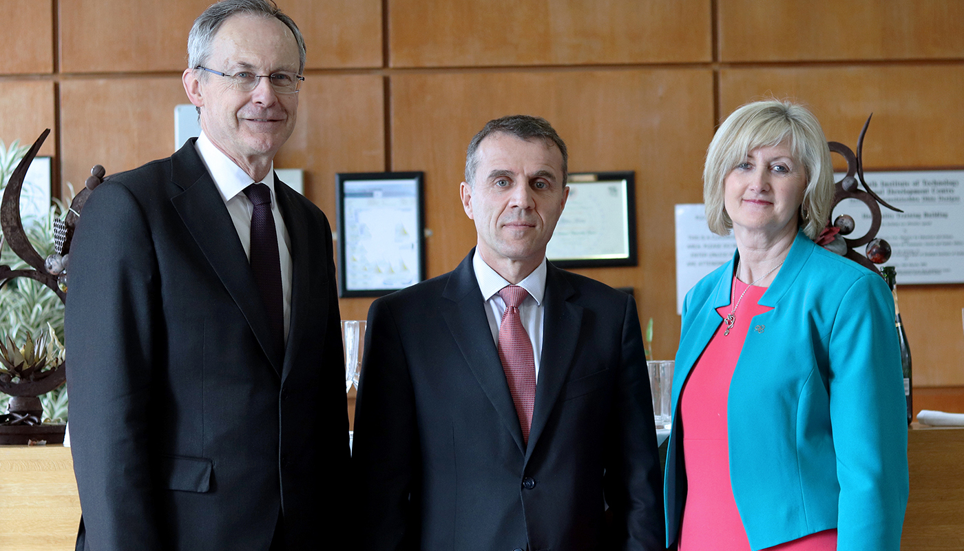Pictured [from left to right] are Michael Mulvey, PhD, DkIT President; Stéphane Crouzat, French Ambassador to Ireland and Dr Sheila Flanagan, VP of Academic Affairs & Registrar, DkIT at the Good France-Ireland event in DkIT.