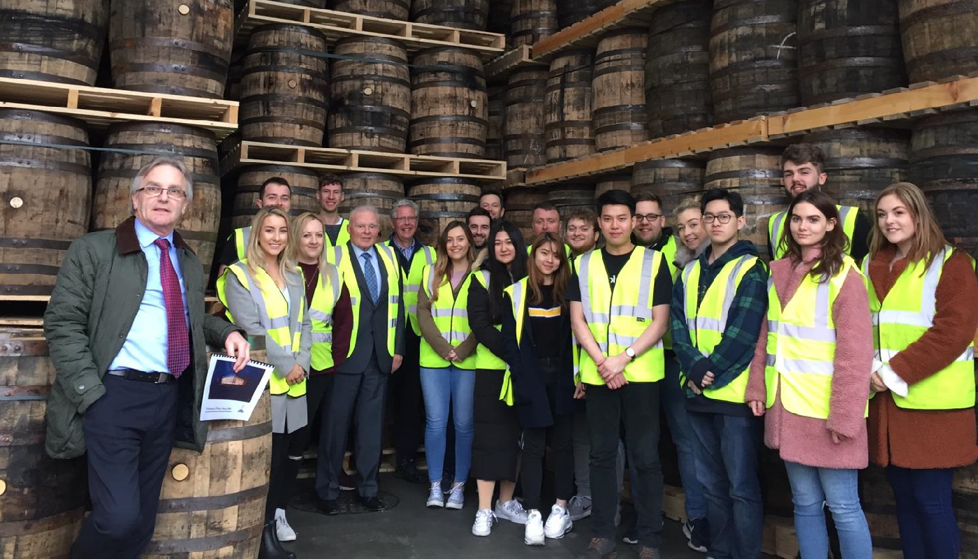 (L-R) Mario MacBlain; DkIT Programme Director The Global Programme, John Teeling; The Great Northern Distillery, DkIT's 4th Year Marketing Students.