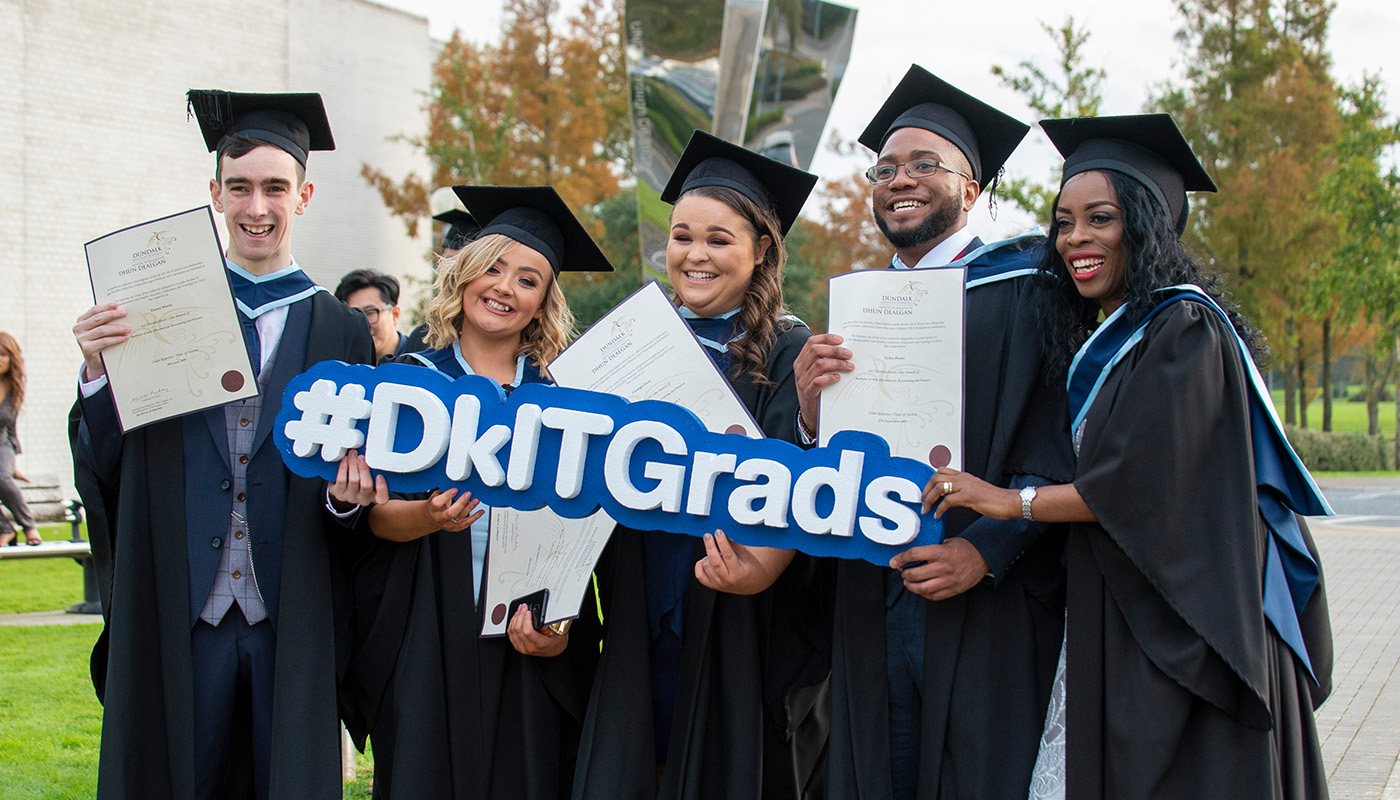 DkIT Graduates from the School of Business & Humanities Celebrate their Awards