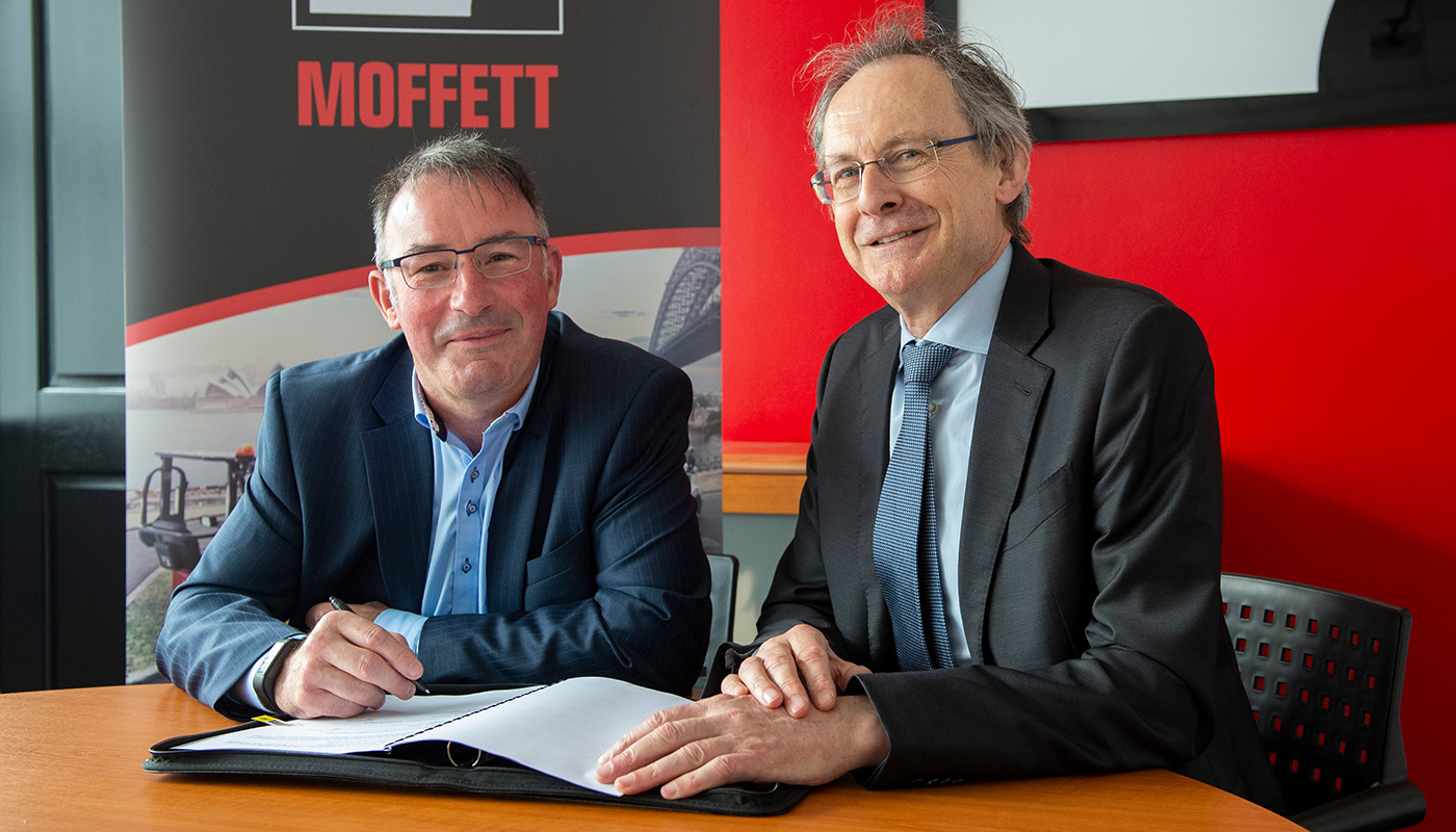 Pictured (L-R) are Paul Rogan, Director Business Control, TMFL Product Business and DkIT President Michael Mulvey, PhD, at the MOU signing to launch a new DkIT-Cargotec Engineering Partnership Agreement in the Cargotec HQ in Dundalk. [Photo: Ciara Wilkinson]