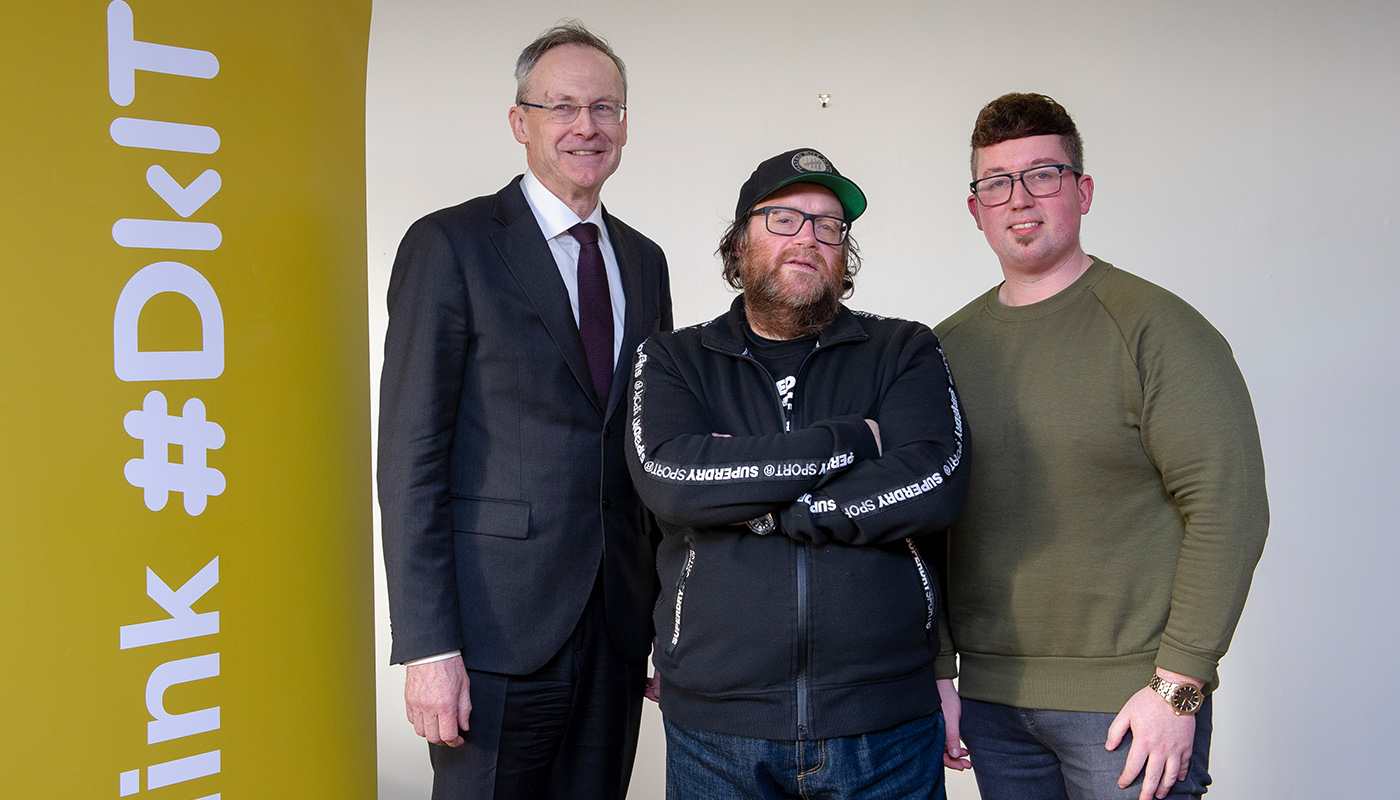 Hollywood Filmmaker, John Moore (centre) pictured with DkIT President, Michael Mulvey, PhD and Lorcan Dunne, Programme Director of the Film & Television Production during his recent visit to the Institute.
